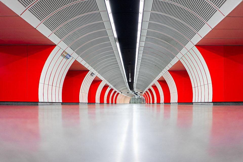 L1170079-red.jpg